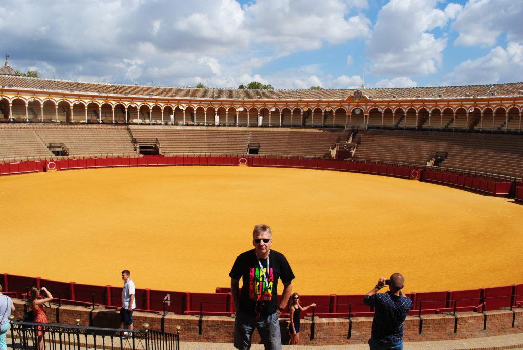 Podróż do Hiszpanii, arena walk z bykami