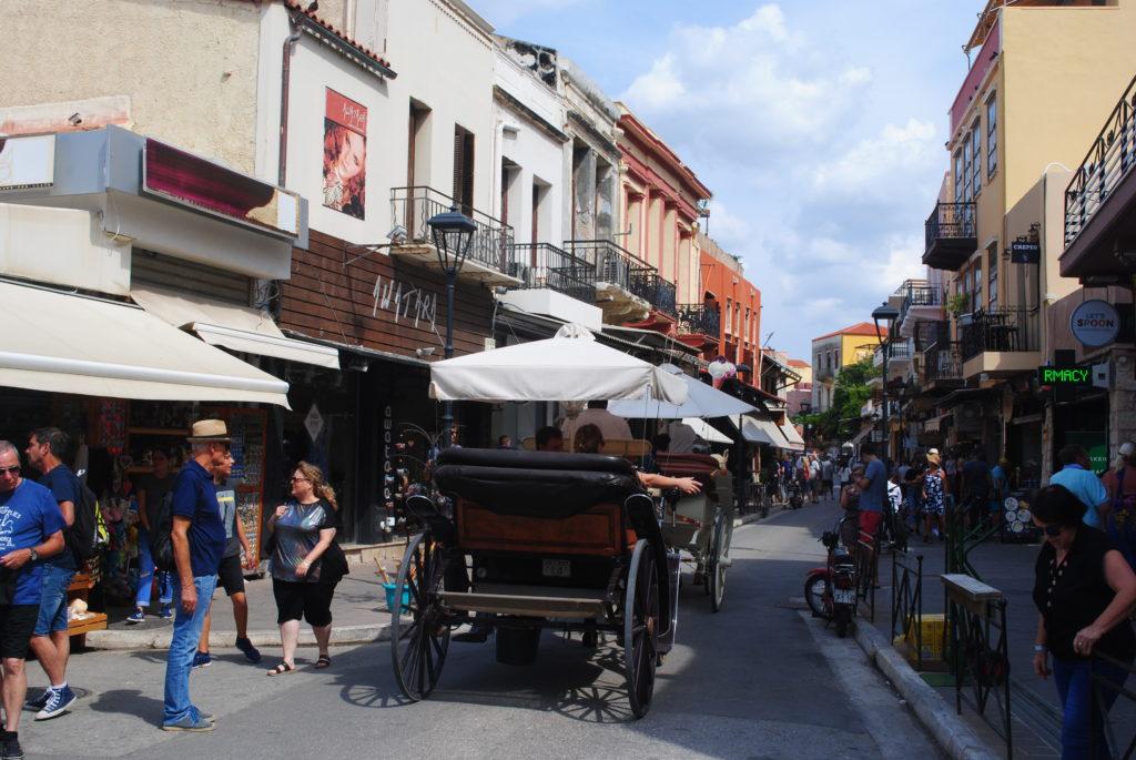 Przygoda w Grecji, wąskie uliczki Chanii