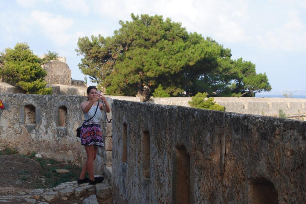 Przygoda w Grecji, mury twierdzy