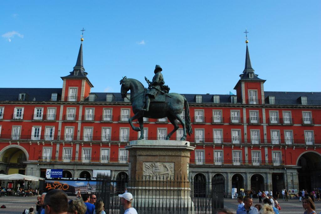 Wycieczka do Hiszpanii,, rynek w Madrycie