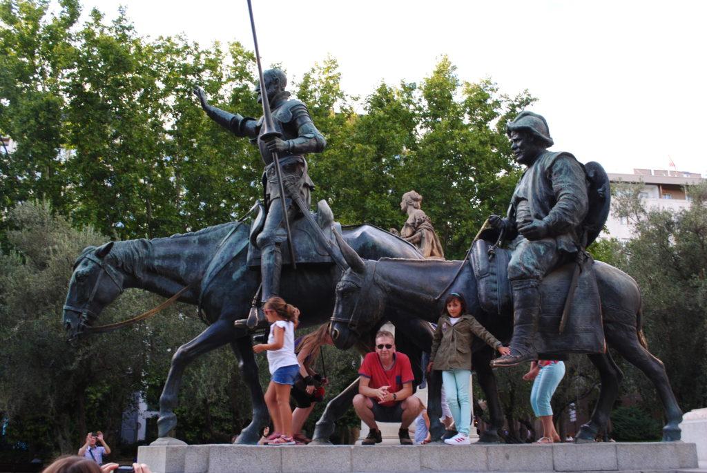 Wycieczka do Hiszpanii, pomnik Don Kichota