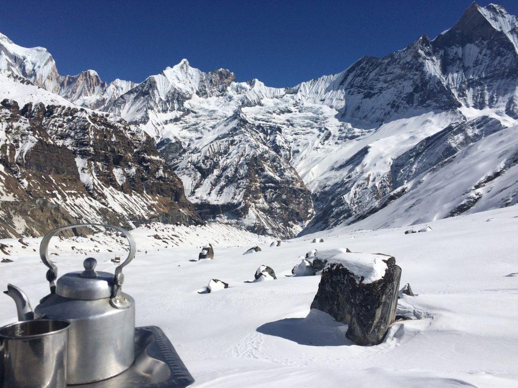 Jak w Nepalu, zima mu nie straszna