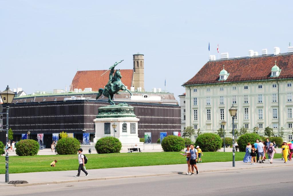 Zwiedzanie Wiednia. Hofburg.