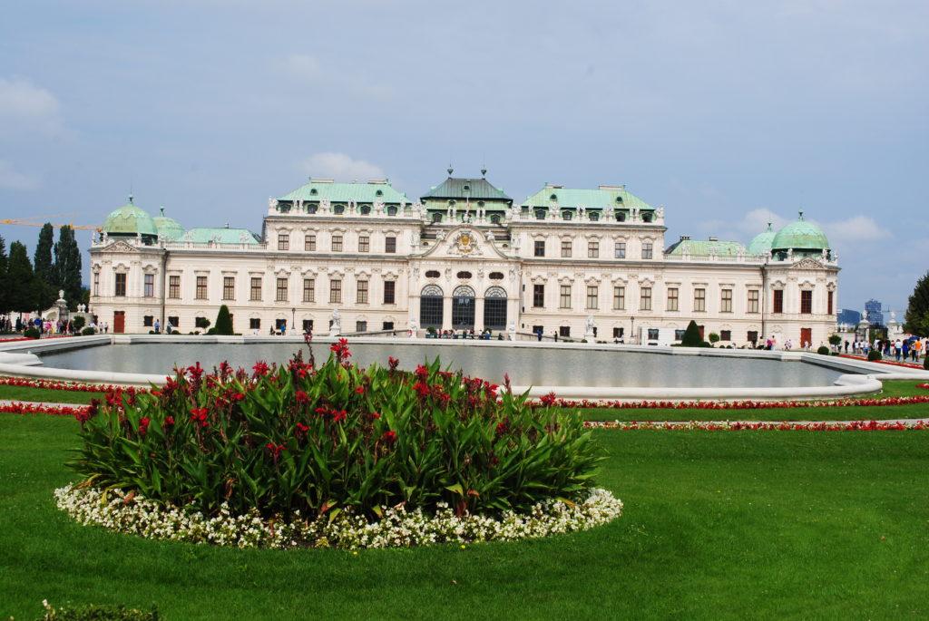 Zwiedzanie Wiednia. Belweder w całej okazałości.