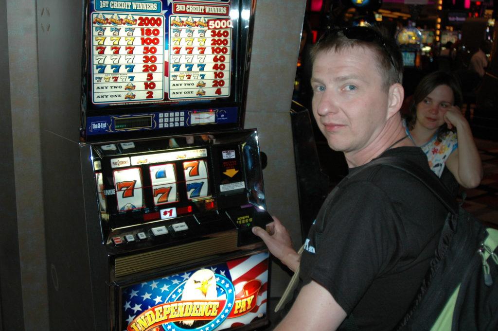 Przygoda w Las Vegas. Gram na automatach.