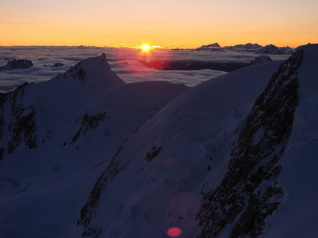 Alpejska wspinaczka.