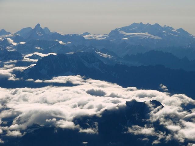 Alpejska wspinaczka. Co za widok !