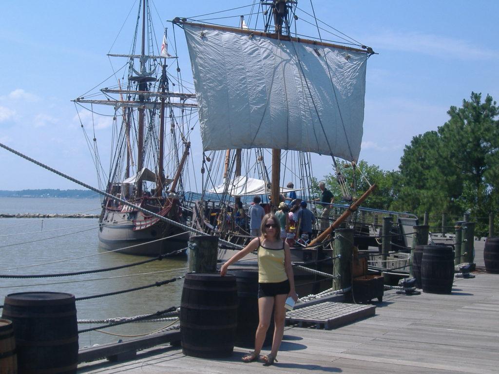 Stan Wirginia. Repliki okrętów kolonizatorów.