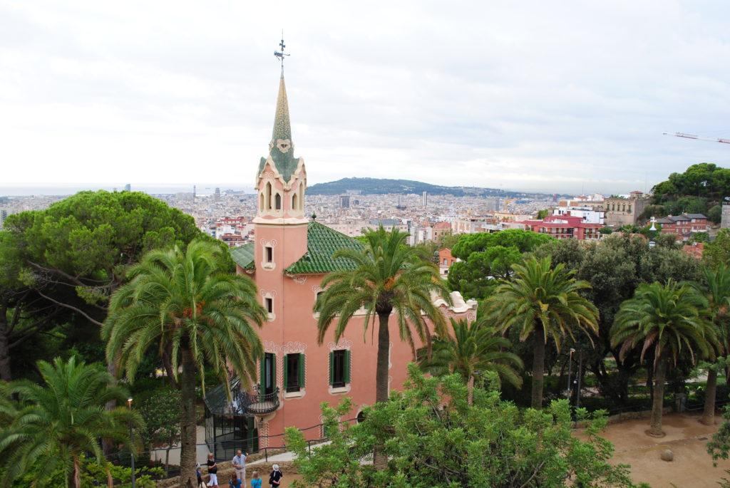 Papugi w Hiszpanii. Park Gaudiego 2.