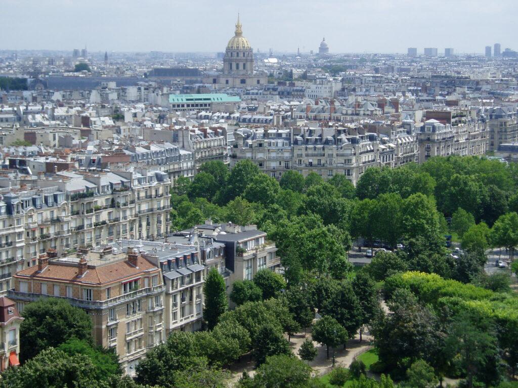 Podróż do Francji. Widok z wieży 3