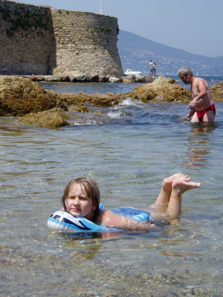 Podróż do Francji. Kąpiel w Monte Carlo.