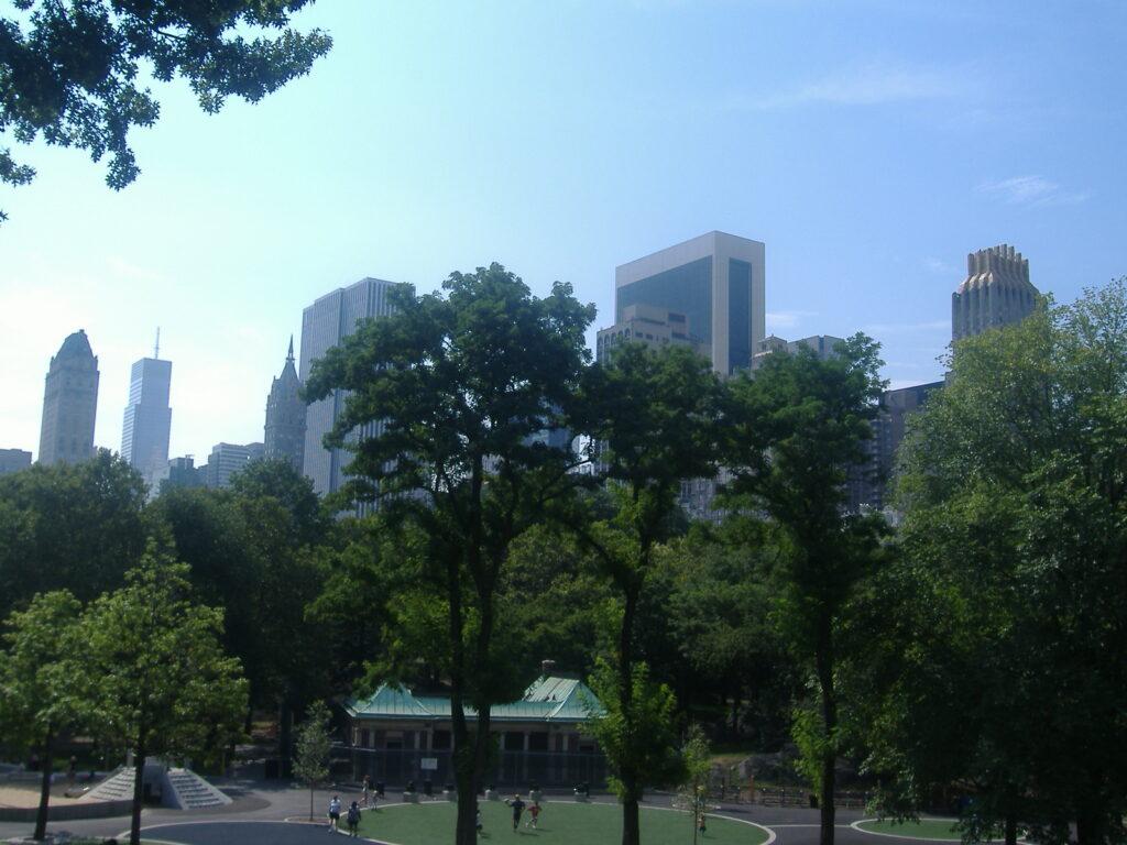 Nowy Jork w USA. Obrzeża Central Parku.